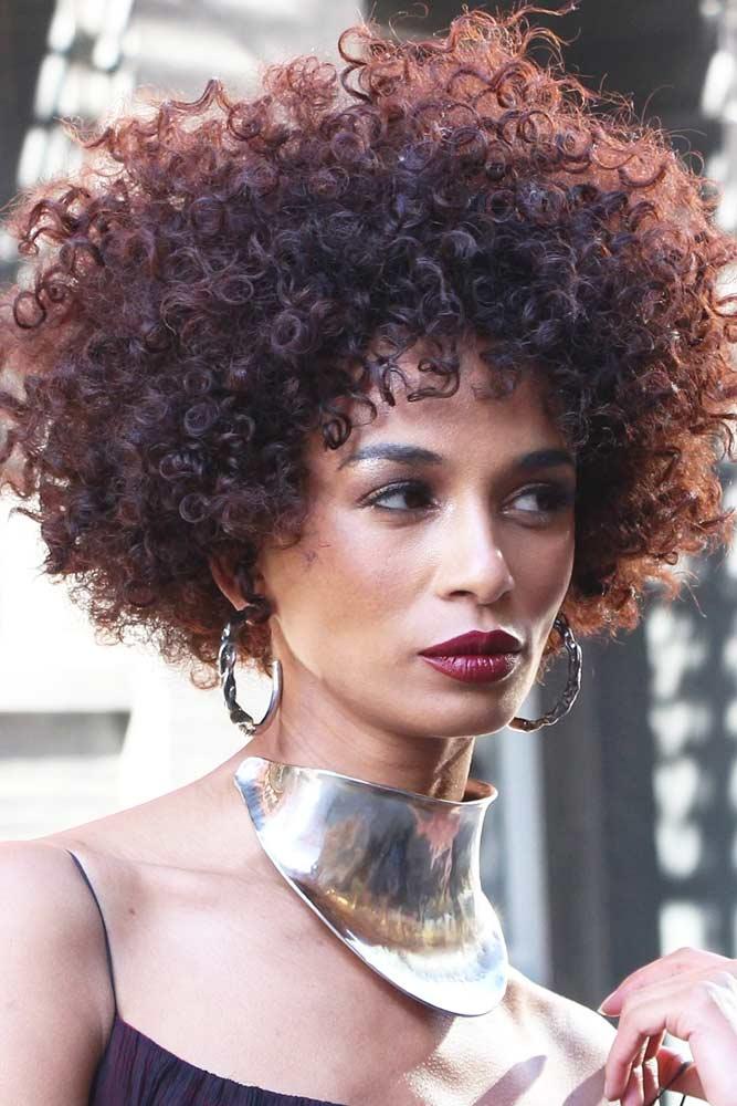 Rounded Voluminous Bob #shortcurlyhairstyles #curlyhairstyles #hairstyles