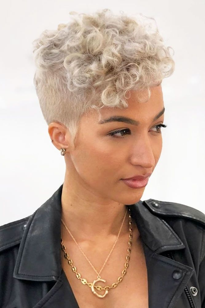 Curly Top With Shaved Sides #shortcurlyhairstyles #curlyhairstyles #hairstyles