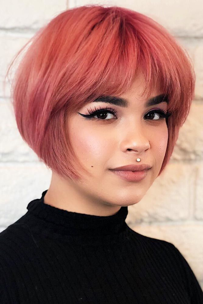 Pink Bob Hairstyle With Curtain Bangs #hairstyleswithbangs #bangs #typesofbangs