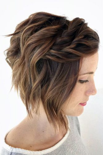 27 Short Hairstyles For A Christmas Party Lovehairstyles Com