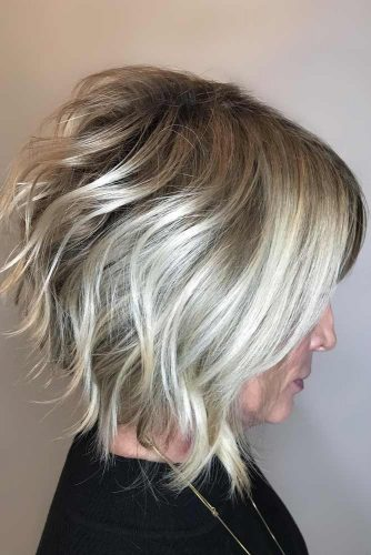 Wet Sassy Look #hairstylesforwomenover50 #shorthaircutsforwomenover50 #haircuts #bobhaircut #wavyhair