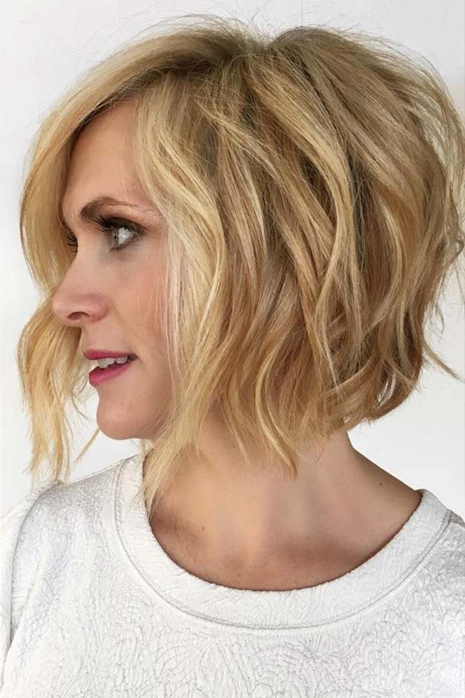 A-line Layered Golden Bob Short Hairstyles For Women Over 50 #bob #wavyhair