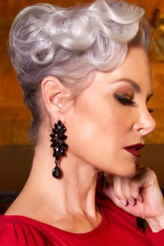 Wavy Twisted Updo Style #hairstylesforwomenover50