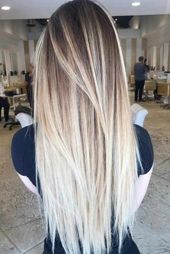 Chic Layered Straight Hair