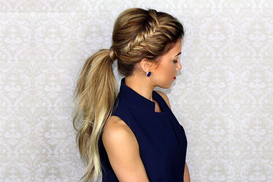 Perfect Christmas Hairstyles to Brighten Your Holidays