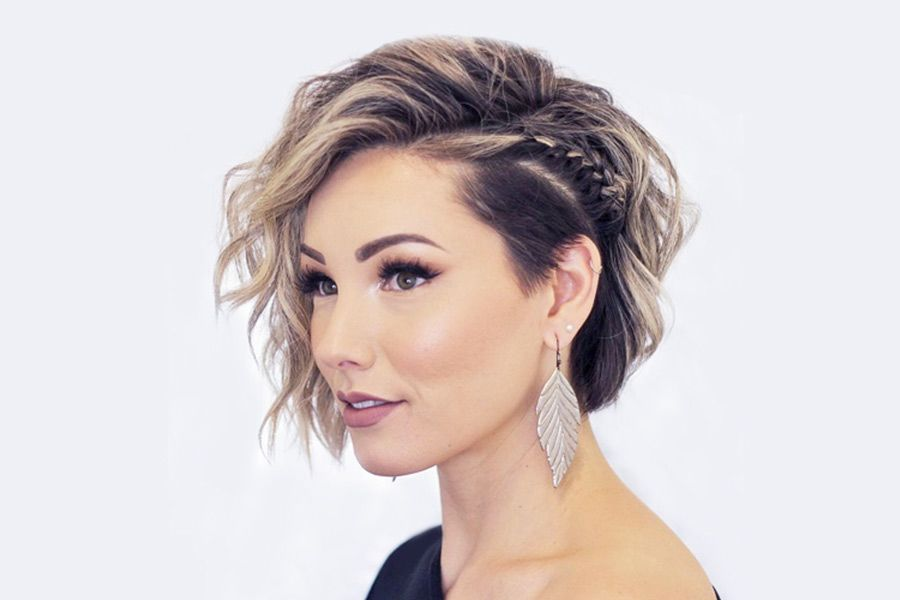 27 Short Hairstyles for a Christmas Party