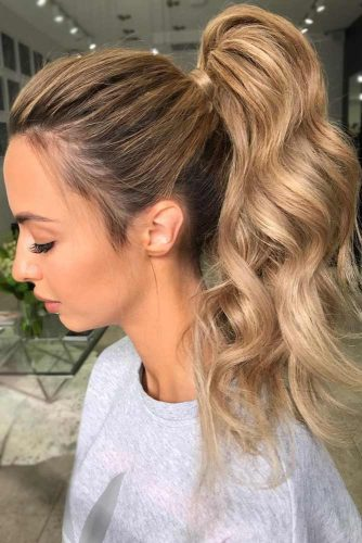 Beautiful Light Caramel Tones High Ponytail #longhair #wavyhair #ponytail