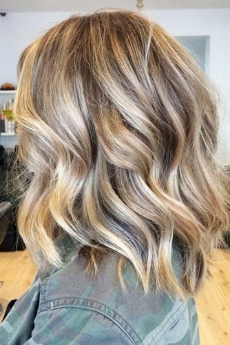 Delicate Balayage Tones for Medium Hair