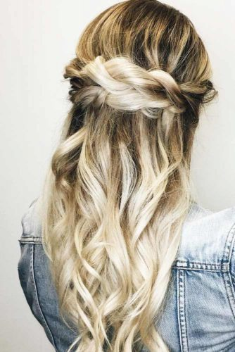 Chic Hairstyles for Long Straight Hair picture 3