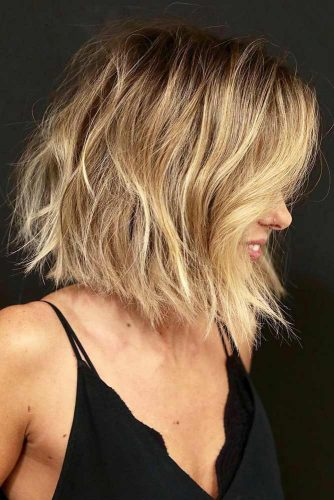 Shag Bob Haircut #hairstylesforroundfaces #hairstyles #faceshapes #bobhairstyles