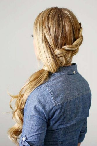 Lovely Low Ponytail Hairstyles to Try picture 1