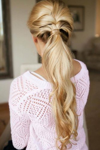 Lovely Low Ponytail Hairstyles to Try picture 2