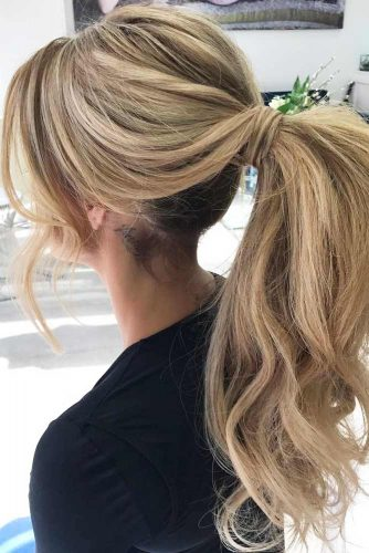 5 minute Ponytails Hairstyles to Change Your Look picture 3
