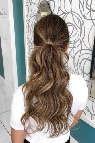 5-minute Ponytails Hairstyles to Change Your Look picture 1