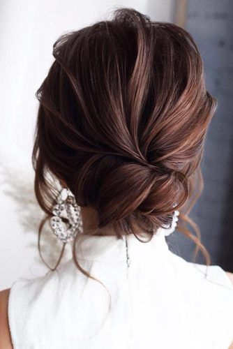 Romantic Wavy Low Buns #updo #buns