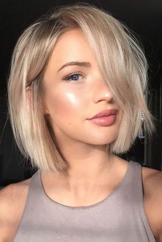 Blonde Side Parted Bob #finehair #shorthairstyles #bobhaircut #sidepart