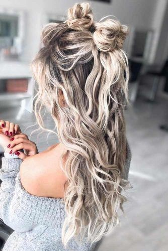 Messy Half Up Hairstyles For Thick Hair #hairstyles #thickhair #hairtype #halfuphairstyles
