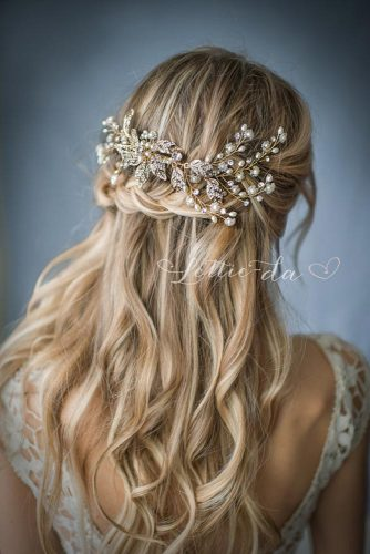antastic Color Ideas for Bridesmaid Hairstyles picture1