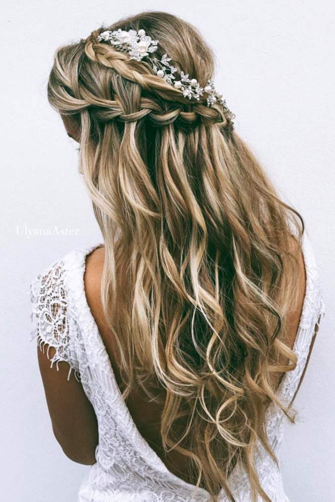Bridesmaid Hairstyles with Hair Accessories picture3