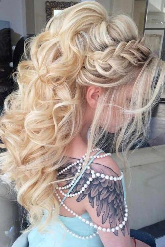 Voluminous Braided Half Up Half Down Hairstyles #halfuphalfdownhairstyles #hairstyles #bridesmaidhairstyles #weddinghair #longhair