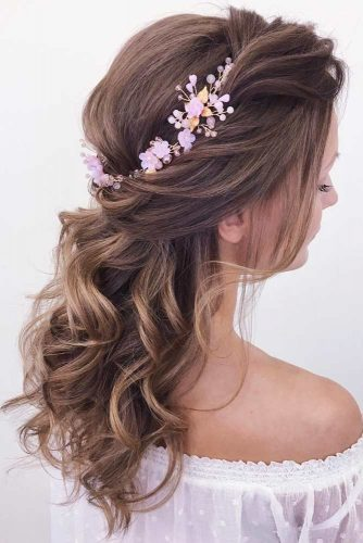 Wavy Messy Half Up Half Down Hairstyles With Accessories #halfuphalfdownhairstyles #hairstyles #bridesmaidhairstyles #weddinghair #longhair