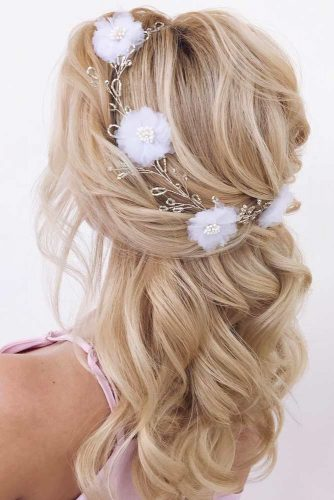 Wavy Half Up Half Down Hairstyles With Accessories #halfuphalfdownhairstyles #hairstyles #bridesmaidhairstyles #weddinghair #longhair