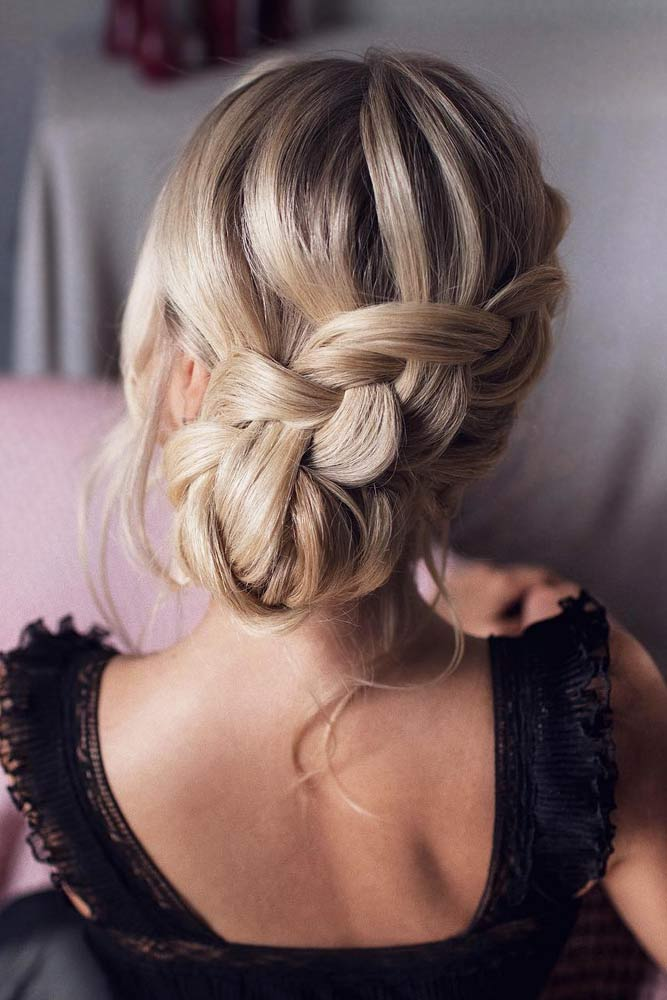 Braided Side Bun Hairstyles For Thin Hair #hairstylesforthinhair #hairstyles #thinhair #hairtype #bunhairstyle