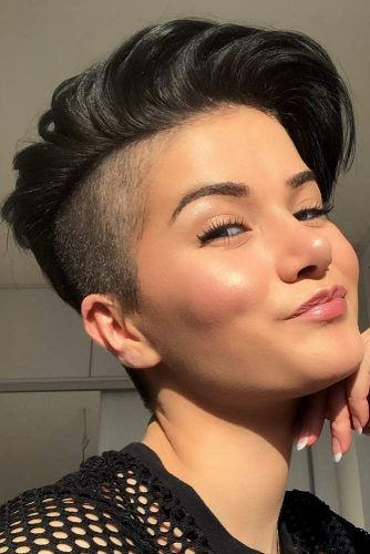 Layered Pixie With Undercut #layeredhaircuts #layeredhair #haircuts