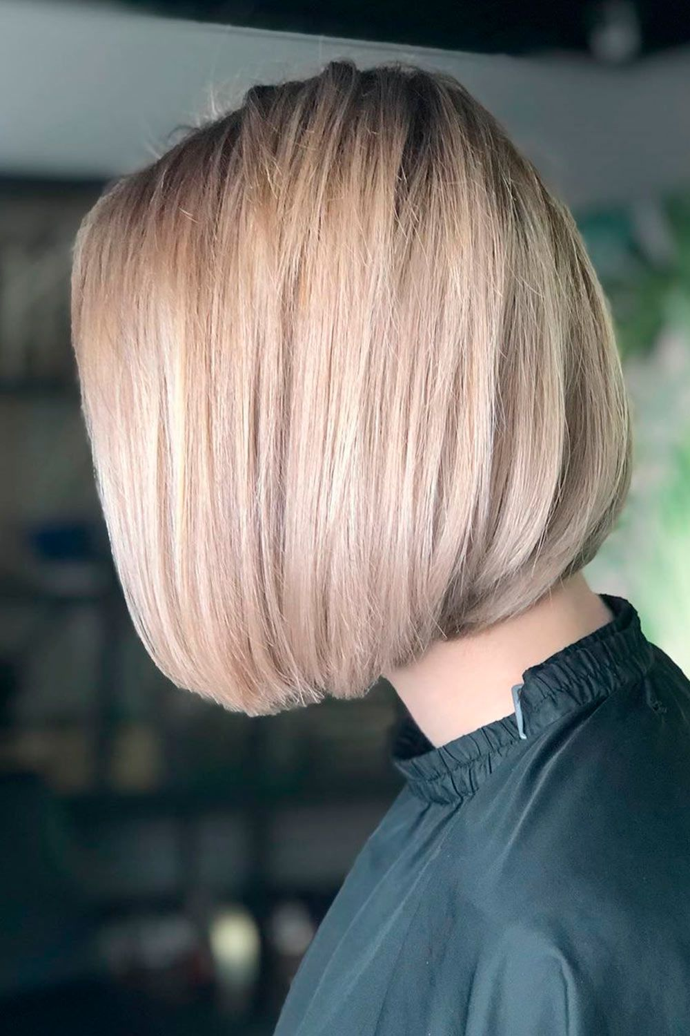 Chunky Razored Layers With Straight Rounded Bob