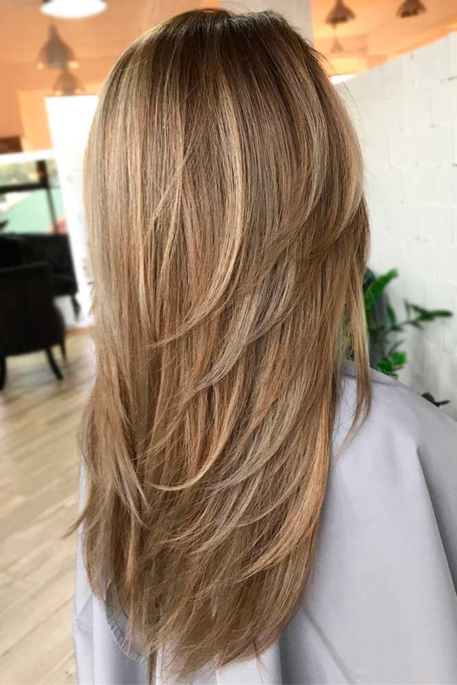 Stacked and Sexy Long Layered Hair picture