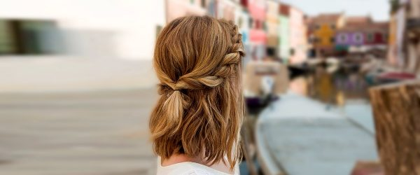 18 Lovely Medium Length Hairstyles for a Romantic Valentines Day Date