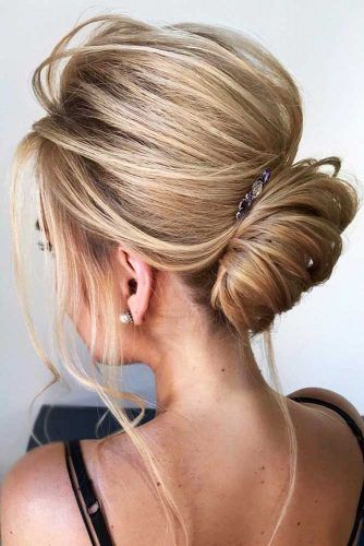 Charming French Twist Updos To Wear At Date Night #mediumlength #updo