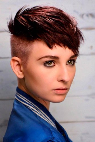 Straight Short Haircut Styles picture3
