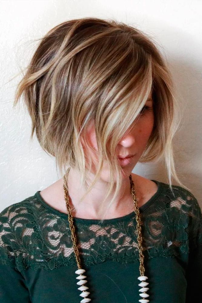 Stacked and Stylish Long Bob Haircut picture 2