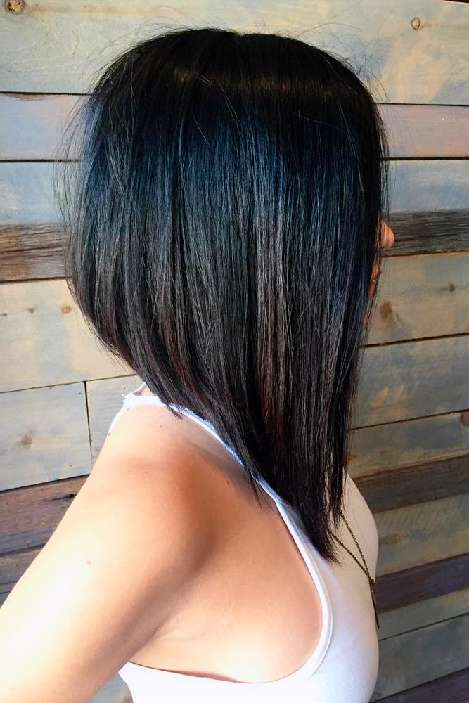 Stacked and Stylish Long Bob Haircut picture 3