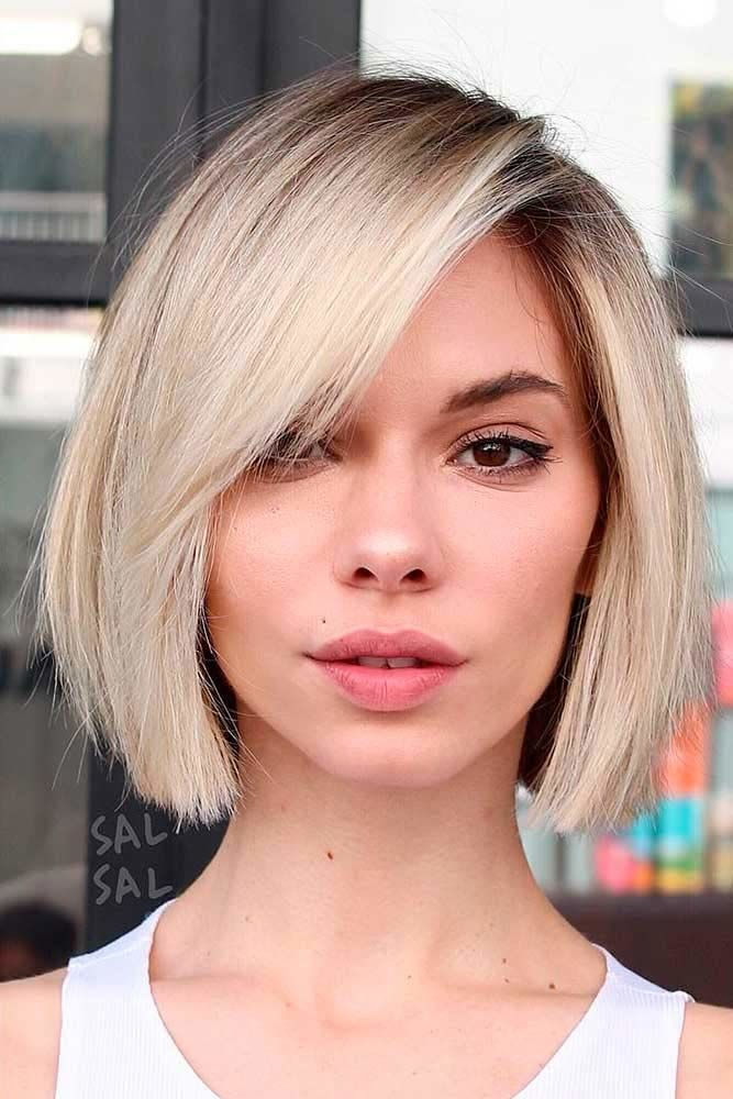 Straight Bob With Side Bangs #bobhaircut #haircuts