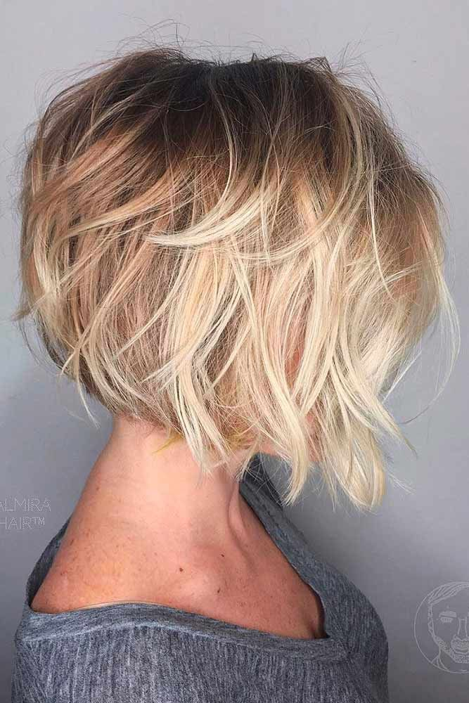 Short Stacked Bob With Blonde Highlights #bobhaircut #stackedbob #haircuts