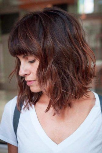 Wavy Bob With Fringe #bobhaircut #haircuts