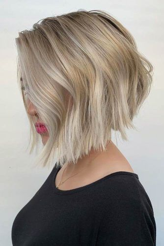 Blonde Stacked Bob #stackedbob #haircuts #mediumhair
