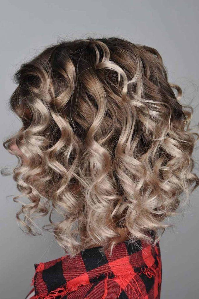 Curly Stacked Bob Haircut Balayage #bob #bobhaircuts
