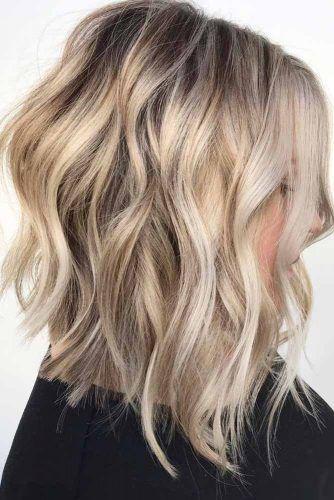 A line Blonde Wavy Lob #mediumhair #lobhaircut