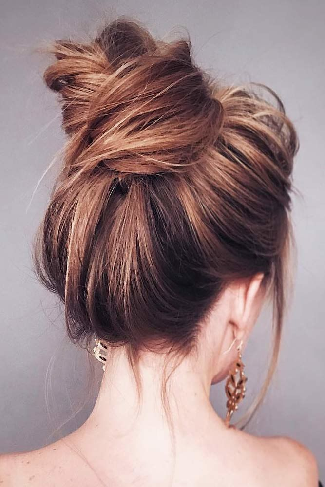 Messy Pretty Bun Hairstyles Brown #mediumhair #mediumhairstyles