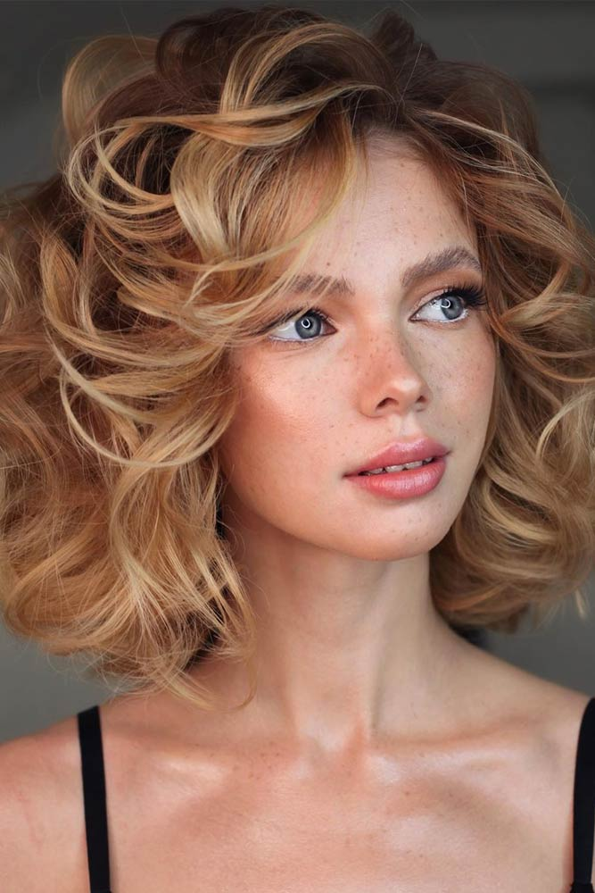 Big Voluminous Curls #mediumhair #lobhaircut