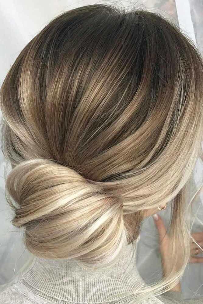 Messy Pretty Bun Hairstyles Balayage #mediumhair #mediumhairstyles