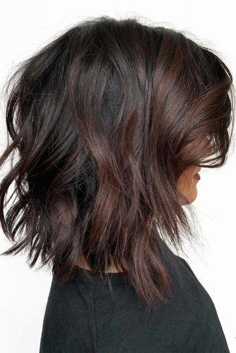 Inverted Messy Lob With Side Bangs  #mediumhair #lobhaircut