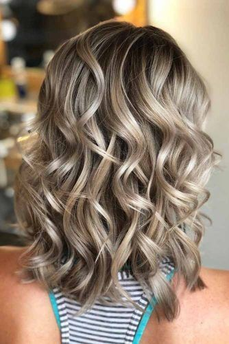 Layered Curly Medium Length Hairstyle #mediumhair #lobhaircut
