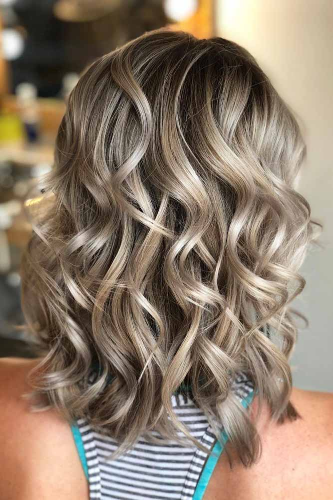 Layered Curly Medium Length Hairstyle #mediumhair #lobhaircut