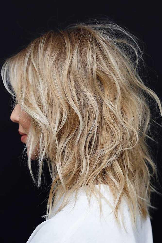 Sexy And Shaggy #mediumlengthhairstyles #mediumhair #thickhair #longbob #blondehair