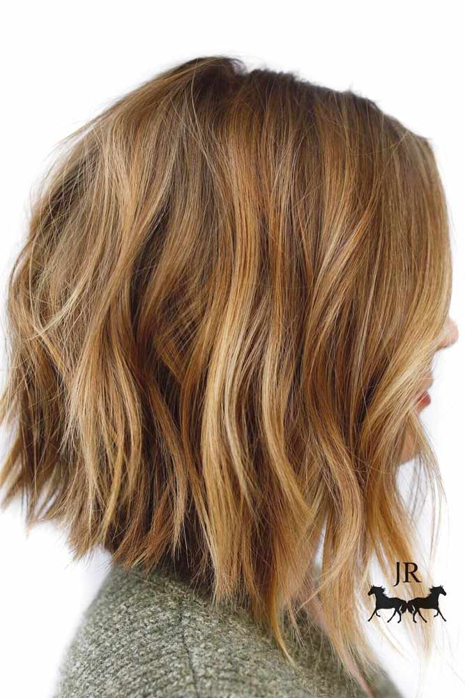 Layered Haircut With Warm Balayage #mediumlengthhairstyles #mediumhair #thickhair #longbob #goldenbalayage