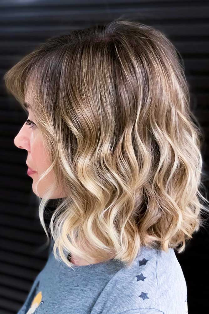 Fancy Flipped Layers #mediumhair #wavyhair